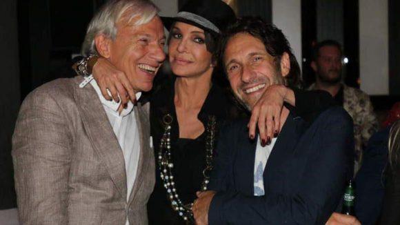 Anouschka Renzi mit dem Society-Experten Jo Groebel (links) und Schauspieler Falk-Willy Wild.