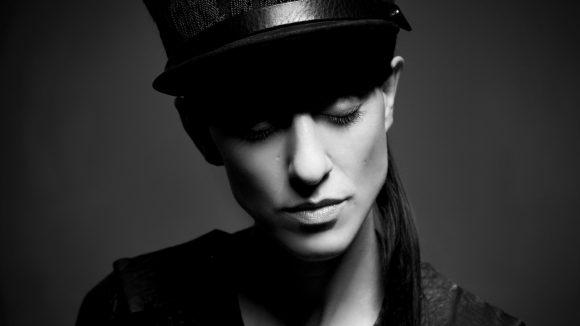 Die Designerin Esther Perbandt ist ne echt coole Socke - und macht als Model auch ne prima Figur.