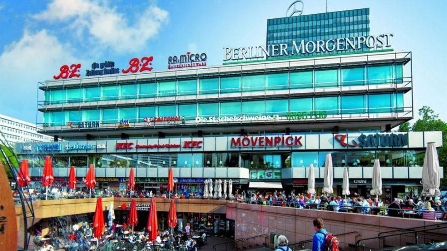 Das Europa-Center gehört zur City West wie der Mercedes-Stern zu seinem 103 Meter hohen Büroturm. Seit 50 Jahren steht es am Breitscheidplatz.