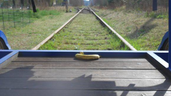 Mit der Draisine stehen dir die Gleise in Brandenburg offen!