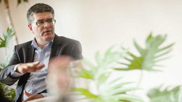 Roland J. Stauber, Geschäftsführer von Berlinovo, vertrat die Immobilienbranche.
