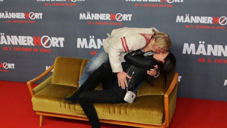 Keine Couch zu Hause? Schauspieler Frank Keßler mit Freundin Doreen Tünschel.