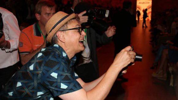 Unterdessen ging der ehemalige GNTM-Juror Rolf Scheider ganz begeistert unter die Fotografen.