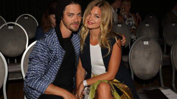 Kilian Kerner zog mit seiner Schau ins Ellington und begrüßte Schauspieler Tom Payne mit Model-Freundin Jennifer Akerman ...