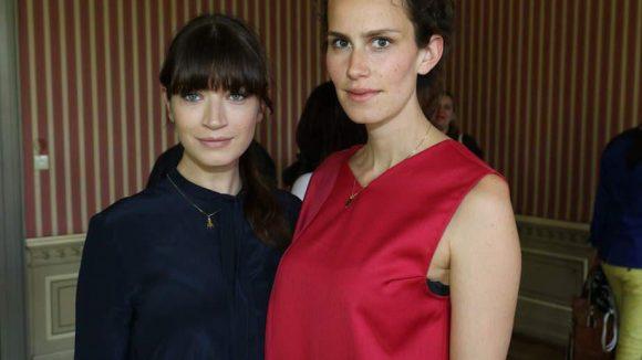 Zu Malaikas Gästen gehörten die Schauspielerinnen Anna Bederke (l.) und Saralisa Volm ...