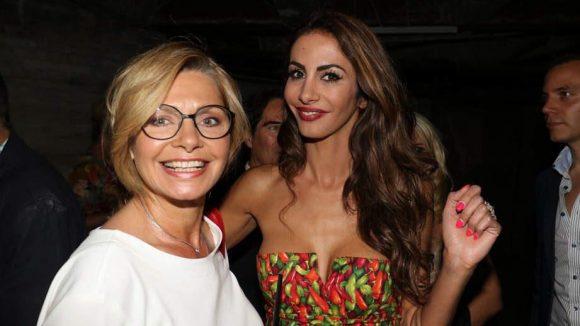 Das wollten etwa Maren Gilzer (links) und Reality-Show-Star Janina Youssefian sehen.