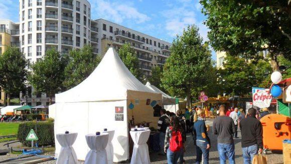 Auf dem Fest der Nationen können sich Besucher auch über die Fairtrade-Angebote im Bezirk Charlottenburg-Wilmersdorf informieren.