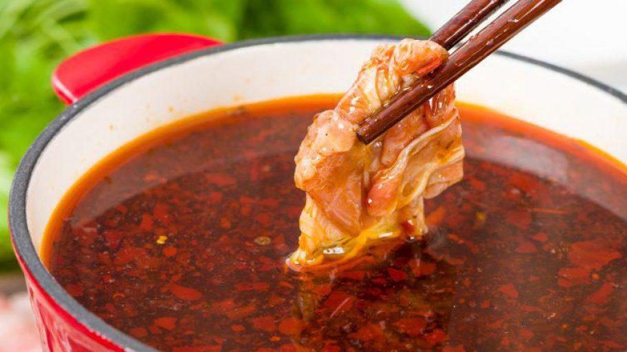 Typisch für die Szechuan Küche, wie es sie auch in der Ming Dynastie gibt, ist der Feuertopf.