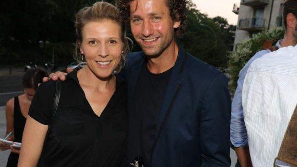 """Die Premiere ließen sich auch die Schauspieler Franziska Weiz (""""SOKO"""") und Florian Stetter (""""Nackt unter Wölfen"""", """"Sophie Scholl - Die letzten Tage"""") nicht entgehen."""