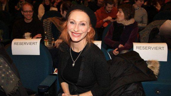 Unter den Premierngästen im Babylon: Schauspielerin Andrea Sawatzki.