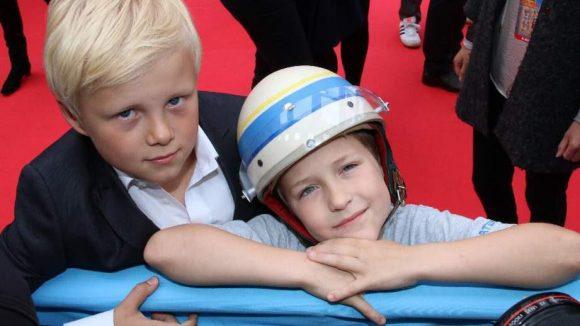 die süßen Jungschauspieler Anton Petzold und Juri Winkler (v.l.).