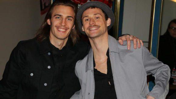 Johannes Aue (l.) und Frontmann Ben Hartmann von Milliarden sind im Soundtrack zu hören und sangen auch auf der Party.