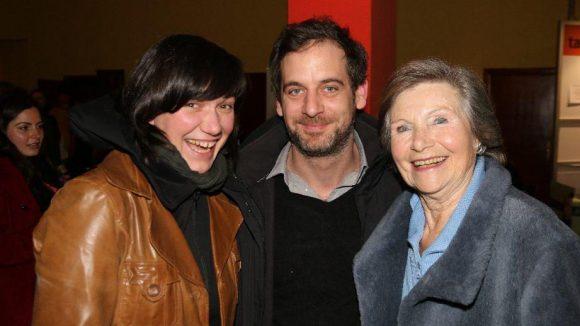 Und hier die dazugehörigen Schauspieler: Stephanie Petrowitz, Hubertus Hiess und Ruth Diehl (v.l).