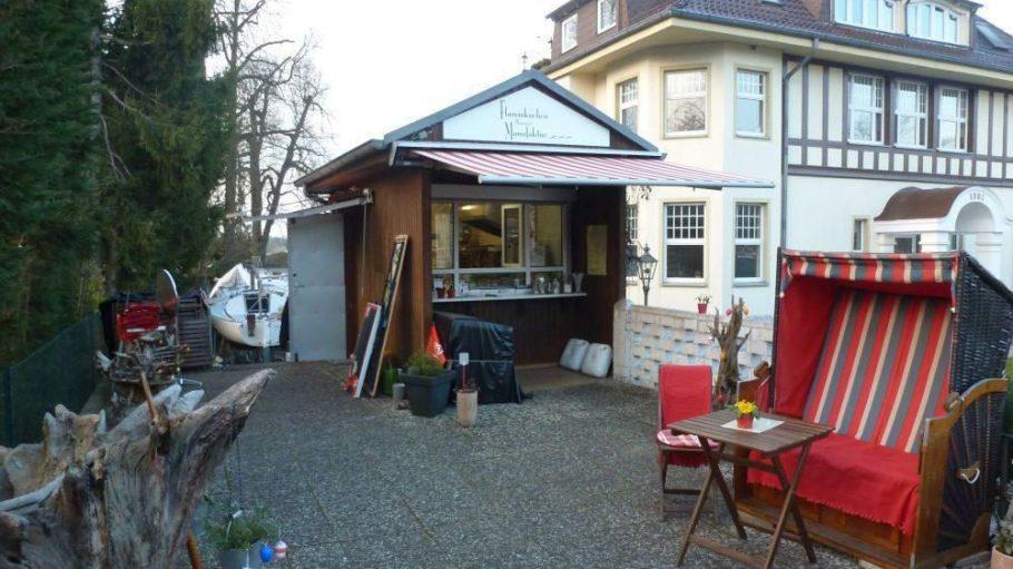 Durstige wie hungrige Gäste empfängt die Flammkuchen Manufaktur und bringt ein bisschen elsässische Lebenskultur nach Berlin.