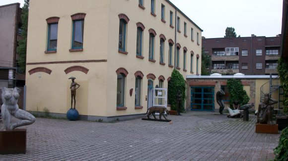 Der Hof der Kunstgalerie Flierl.