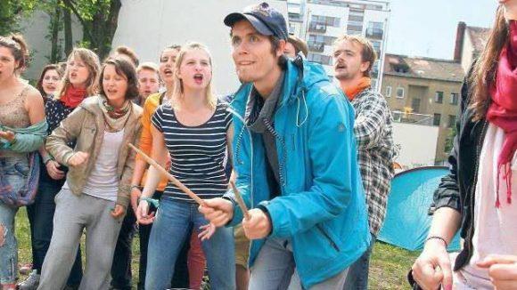 Setzen sich für ihre Hochschule ein: Studenten der Schauspielschule Ernst Busch