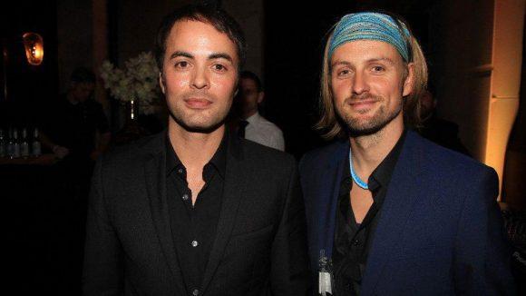 """Der in Berlin lebende Schauspieler-Spross Nikolai Kinski (links, """"Yves Saint Laurent"""") mit seinem Kollegen Axel Schreiber (""""Türkisch für Anfänger"""")."""