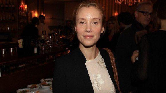 Schauspielerin Franziska Petri wurde von der Medienagentur Pegasus ins Oxymoron eingeladen. Zusammen mit ...