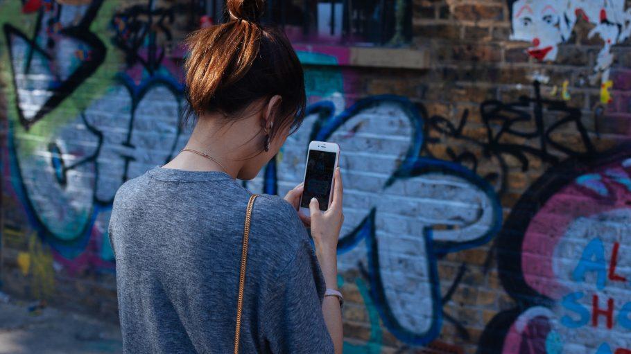 Ab und an das Smartphone zücken und ein bisschen swipen – kann doch nicht schaden, oder?