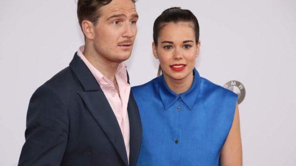 """Gewannen als bester männlicher und weiblicher Hauptdarsteller in """"Victoria"""": Frederick Lau und Laia Costa."""