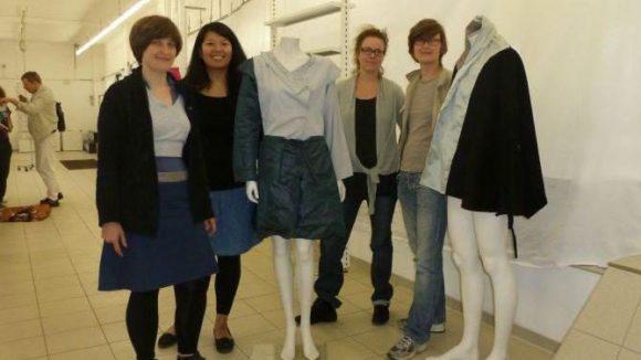 Vier der Designerinnen vom Kreativnetz Neukölln: Linn Annen (Modedesign), Chardia Budiman (Grafikdesign), Ingeborg Ohly (Modedesign) und Conny Kraus (Wohnraumdesign).