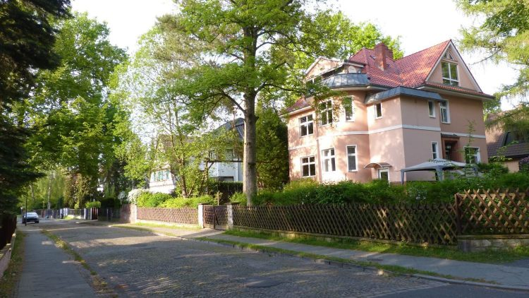 Ein typisches Frohnauer Wohnhaus im Villen-Stil.