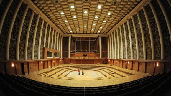 Der für seine einzigartige Akustik bekannte große Musiksaal im Funkhaus Berlin in Oberschöneweide.