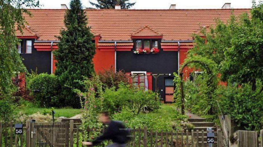 Bunt wie ein Tuschkasten: Häuser der Falkenbergsiedlung