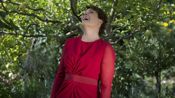Nicht nur für Shootings ist Gayle Tufts gern im Grünen. Auch zum Schreiben setzt sie sich gern mal in den Park.