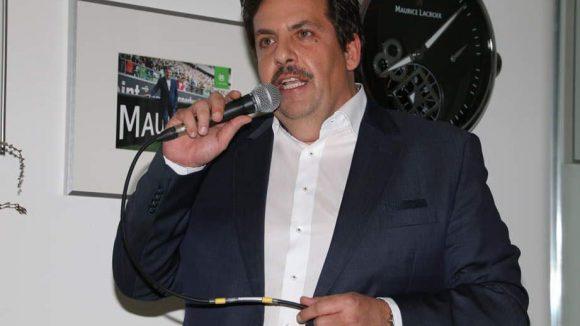 Die Schweizer Luxusuhrenmanufaktur Maurice Lacroix unterstützte zum zweiten Mal die Charity-Initiative Movember - und lud dazu in die Boutique auf der Friedrichstraße. Hier der Geschäftsführer von Lacroix Marcus Wirth.