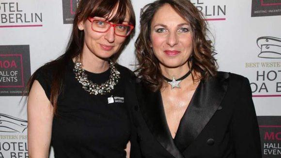 Gesine Effenberger (Effenberg Models, l.) und Gastgeberin Caroline Kratzsch, Inhaberin von Körpernah.