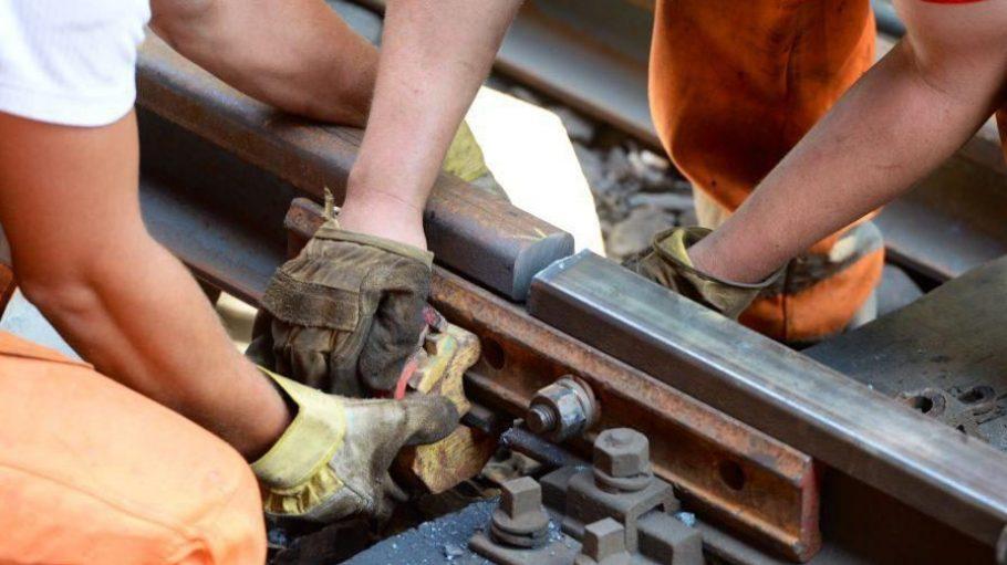 Da muss Hand angelegt werden: Im Nord-Süd-Tunnel werden Gleise erneuert und die alte Technik fit gemacht.