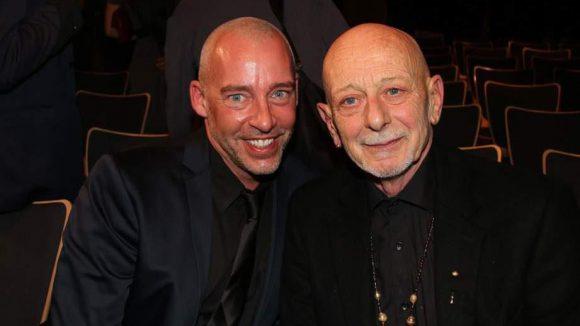 Royston Maldoom (r.) wurde für seine weltweite Tanzarbeit mit Kindern geehrt. Thomas Grube hat einen Film über ihn gedreht.