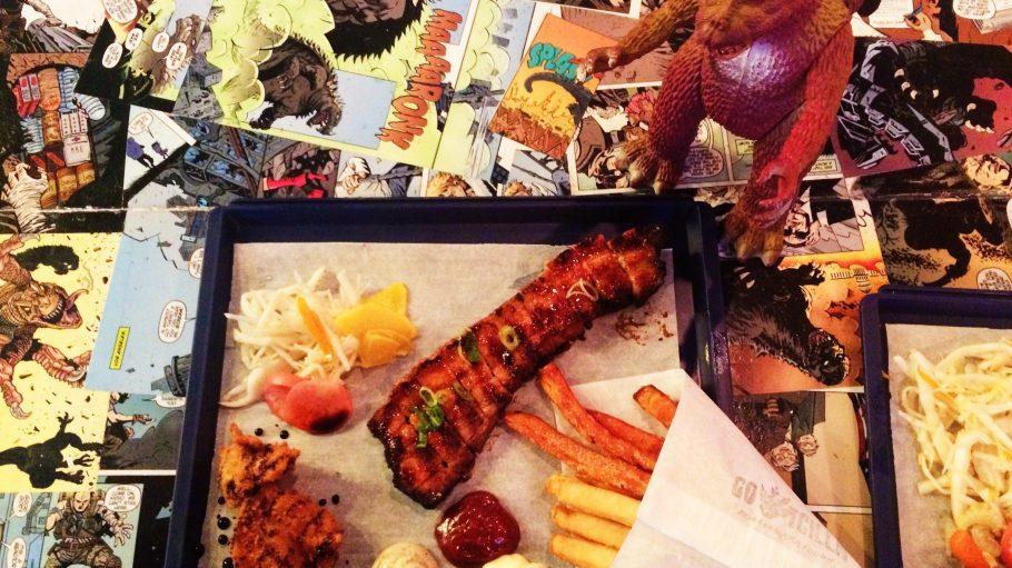 Im Gotcilla bekommst du alles außer Sushi! Zum Beispiel frittierten Kürbis mit gegrilltem Schweinbauch, knusprige Pommes, hausgemachte Dips und Pickles.