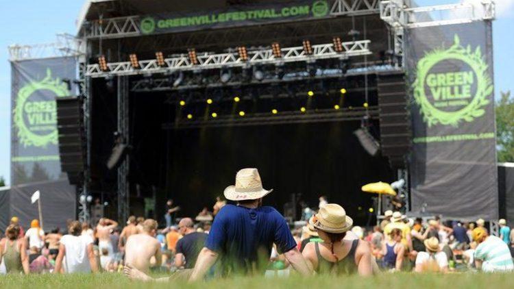 Aus unbekannten, höchstwahrscheinlich finanziellen Gründen findet das Greenville-Festival 2014 nicht statt.