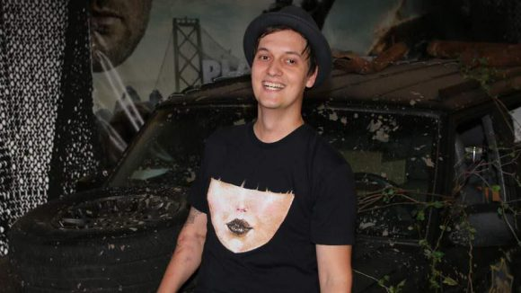 Gut am T-Shirt zu erkennen: der frisch gebackene Grimme-Preisträger und YouTube-Meinungsmacher Florian Mundt alias LeFloid.