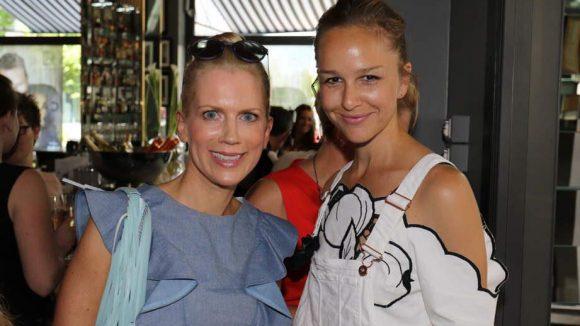 ... Tamara Gräfin von Nayhauß (l.) und Schauspielerin Esther Seibt.