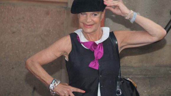Und Barbara Engel zeigte sich wie immer gut behütet.