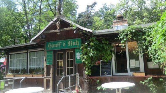 Bei einer Radtour durch Grünau lohnt ein Besuch im Gasthaus Hanff's Ruh.