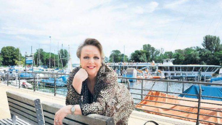 Schauspielerin Barbara Schöne liebt die Kladower Imchenallee.