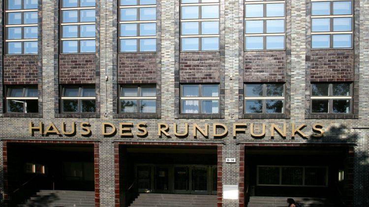 Ein architektonisch und rundfunkgeschichtlich wichtiges Gebäude.