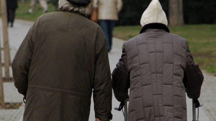 Gemeinsam durch das Leben gehen: In der Seniorenresidenz Haus Pankow altern die Bewohner in Würde.