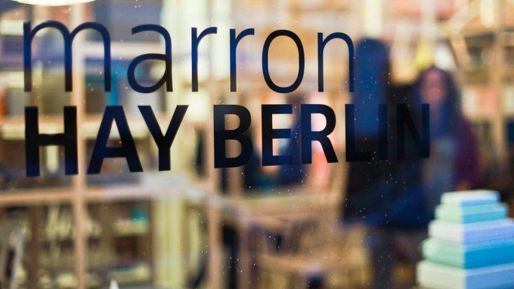 Im Design-Laden marron in Mitte hat der erste deutsche Showroom des dänischen Einrichtungsunternehmens HAY aufgemacht.
