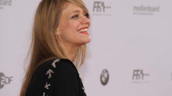 Schauspielerin Heike Makatsch hat gut lachen.