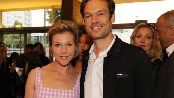 """Premierengäste waren etwa Schauspielerin Franziska Weisz (neue """"Tatort""""-Kommissarin) und Regisseur Felix Herzogenrath ..."""