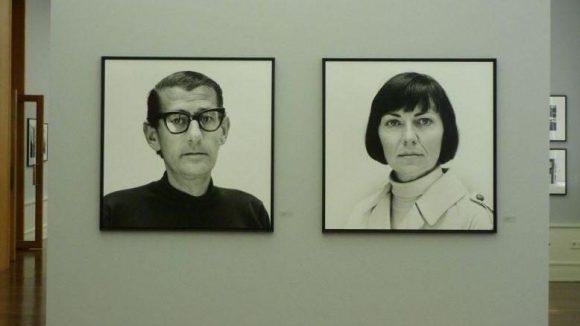 Eindrucksvoll: Portraits voneinander, Helmut Newton und seine Frau June alias Alice Springs, Paris 1962.