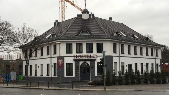 Frisch geweißt und renoviert: das ehemalige Domizil der Hertha ist jetzt ein Hostel.