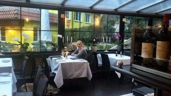 Das Hotel-Restaurant kann durchaus noch ein paar Gäste vertragen.