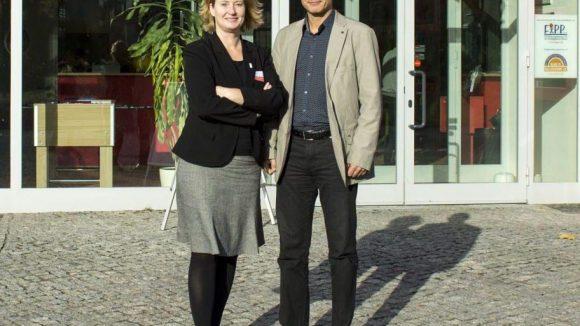 Katharina Langsch (Geschäftsführerin IGA Berlin 2017 GmbH) und Stefan Richter (Geschäftsführer des Landesverbandes der GRÜNEN LIGA) stellten den IGA-Campus vor.