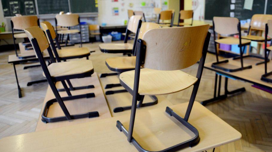 In Kaulsdorf wurden Klassenzimmer wegen Einsturzgefahr gesperrt.